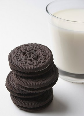 Fermentable Carbohydrates Cookies and Milk