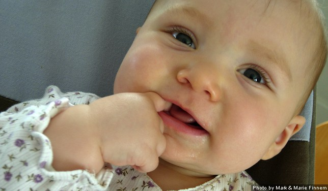 Age Babies Start Teething