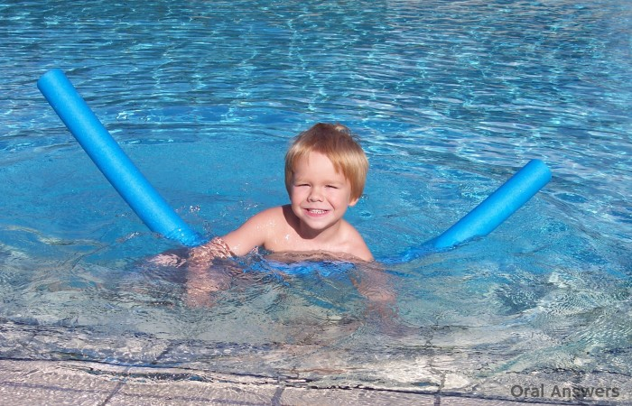 Tooth Safety at the Swimming Pool